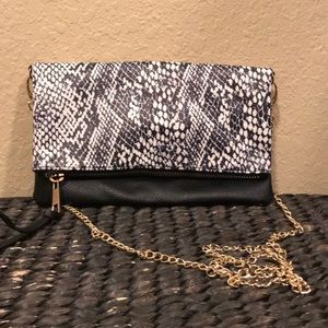 Under One Sky Purse NWOT